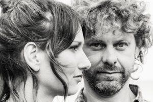 Folk music from Lorna and Darren - Fly Yeti Fly